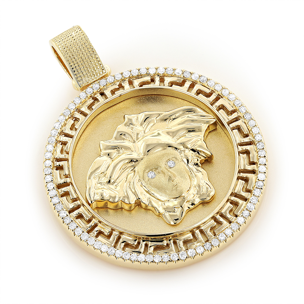 pendant products medusa a gold necklace giulio n man versace fashion