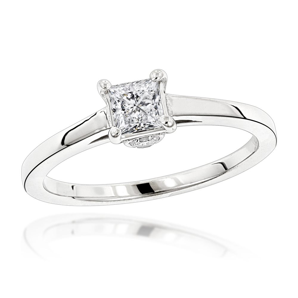 14K Gold Four-Prong Solitaire Engagement Ring 0.24ct Yellow Image