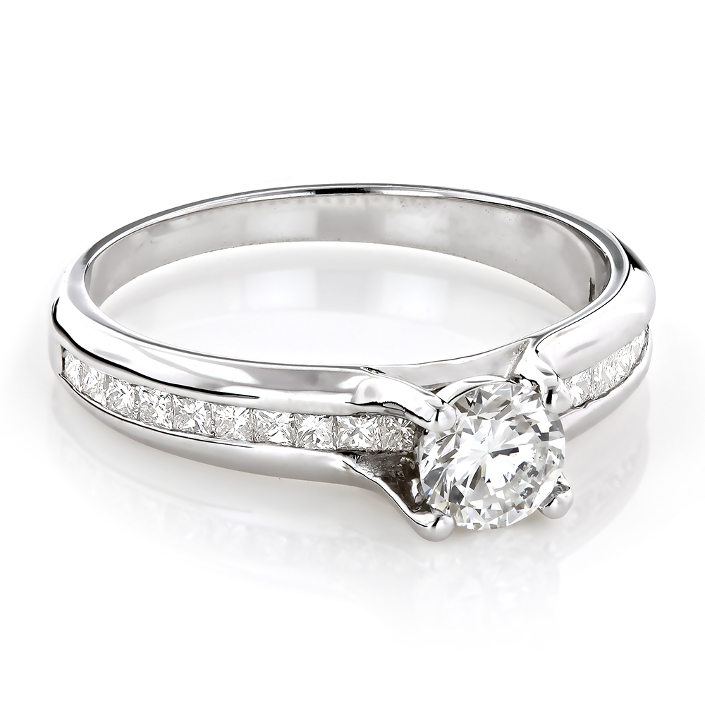 14K Gold G/VS Diamond Engagement Ring 1.1ct Round and Princess cut Diamonds
