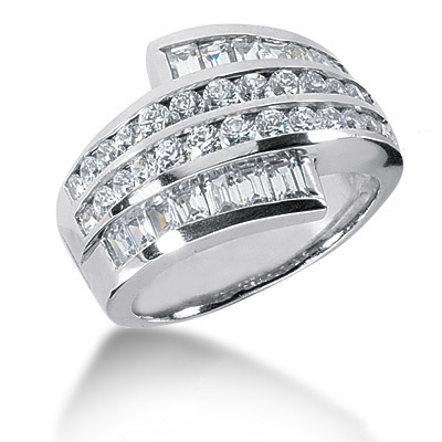 18K Gold Ladies Diamond Ring 1.98ct Main Image