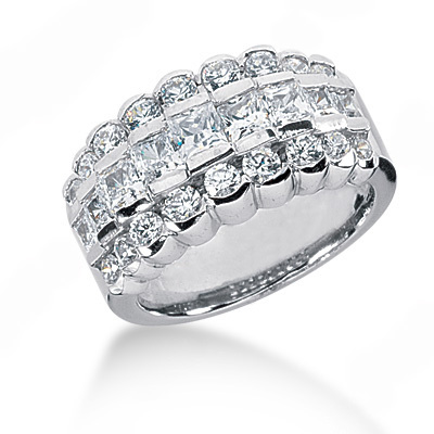 18K Gold Ladies Diamond Ring 2.02ct Main Image