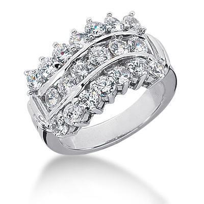 18K Gold Round Diamond Ladies Ring 2.12ct