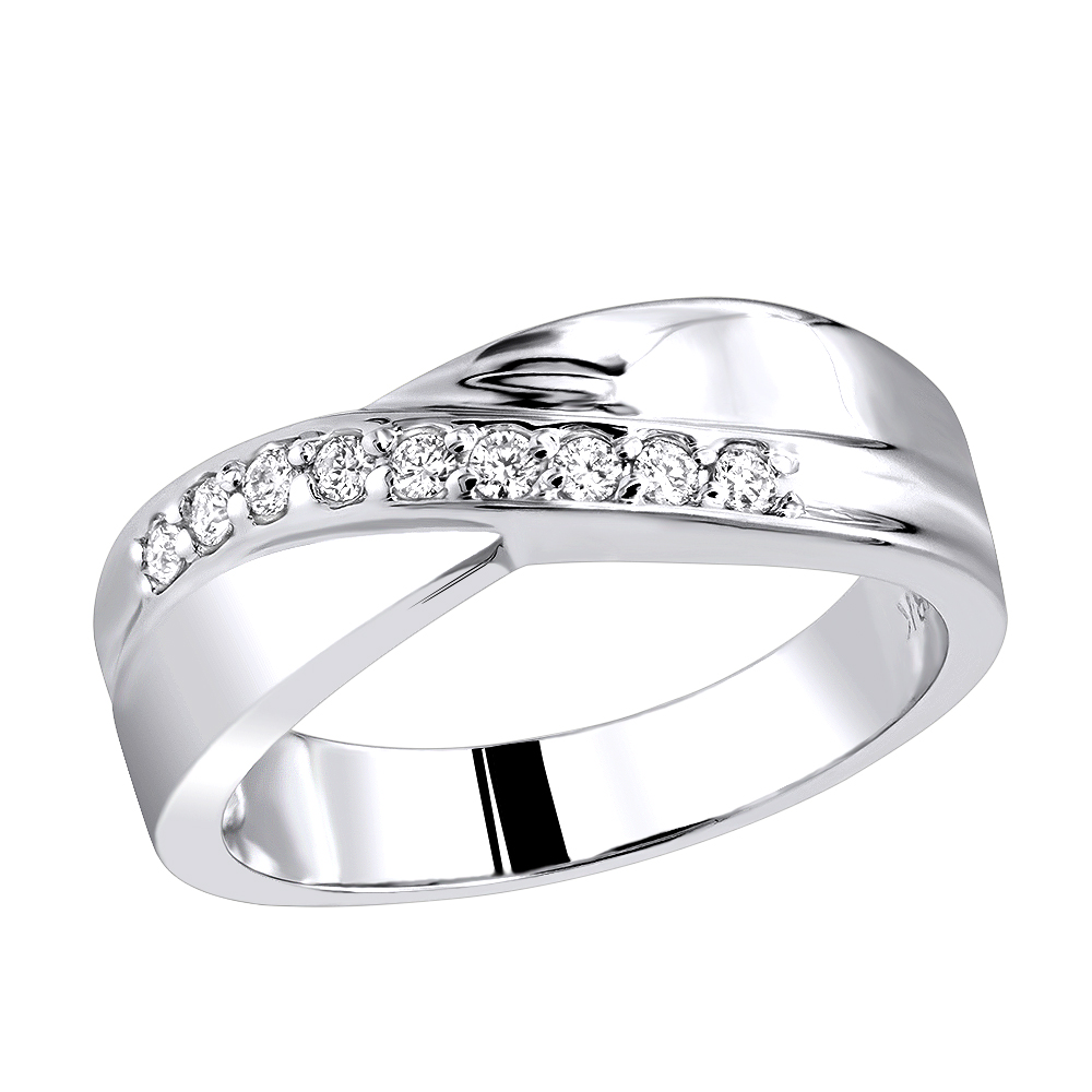 18K Gold Women's Diamond Wedding Ring 0.27ct White Image