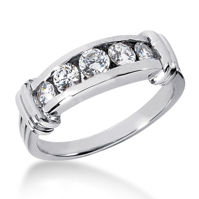 18K Gold Women's Diamond Wedding Ring 0.74ct