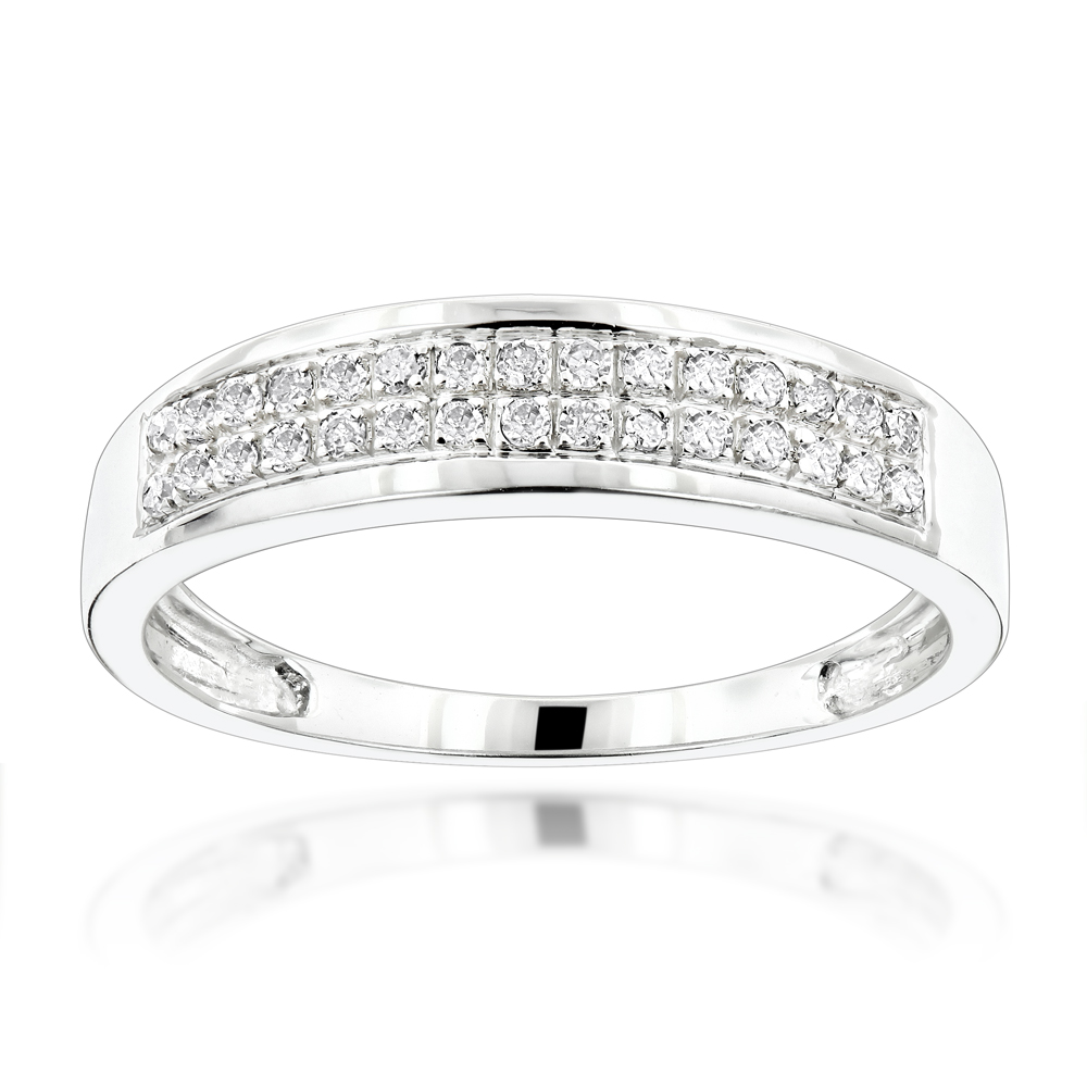 Affordable 10K Gold Diamond Wedding Band for Women 0.2ct