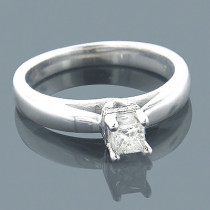 14K Gold Four-Prong Solitaire Engagement Ring 0.26ct