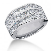 18K Gold Ladies Diamond Ring 3.60ct