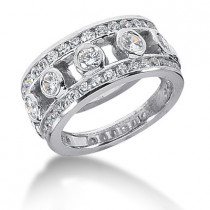 18K Gold Round Diamond Ladies Ring 1.72ct
