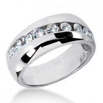 18K Gold Women's Diamond Wedding Band 0.90ct