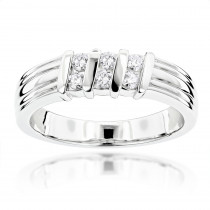 18K Gold Women's Diamond Wedding Ring 0.30ct