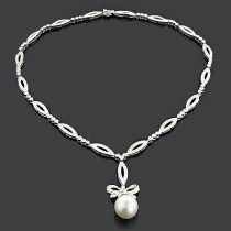 Unique Pearl Necklace with Diamonds 2.51ct 18K Gold Designer Jewelry