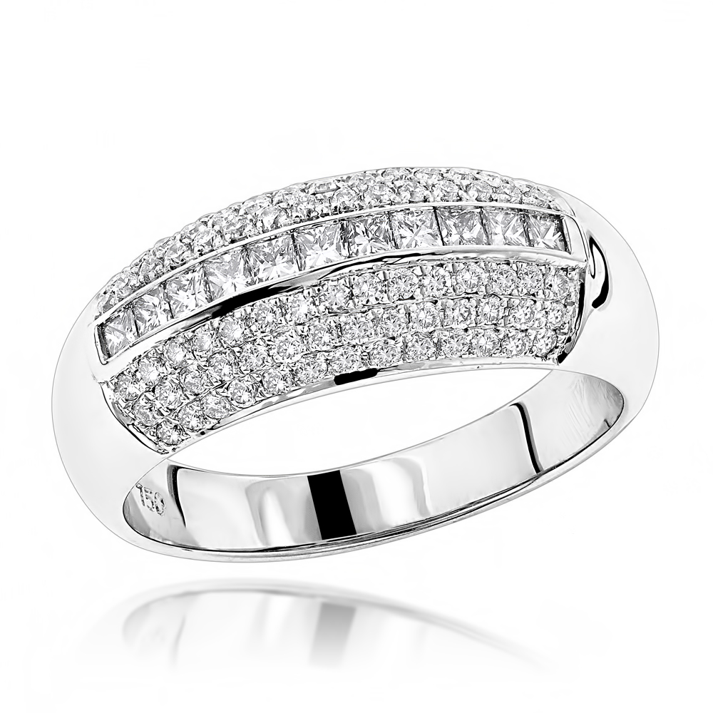 Diamond Bands 18K Gold Womens Diamond Ring 0.60ct White Image