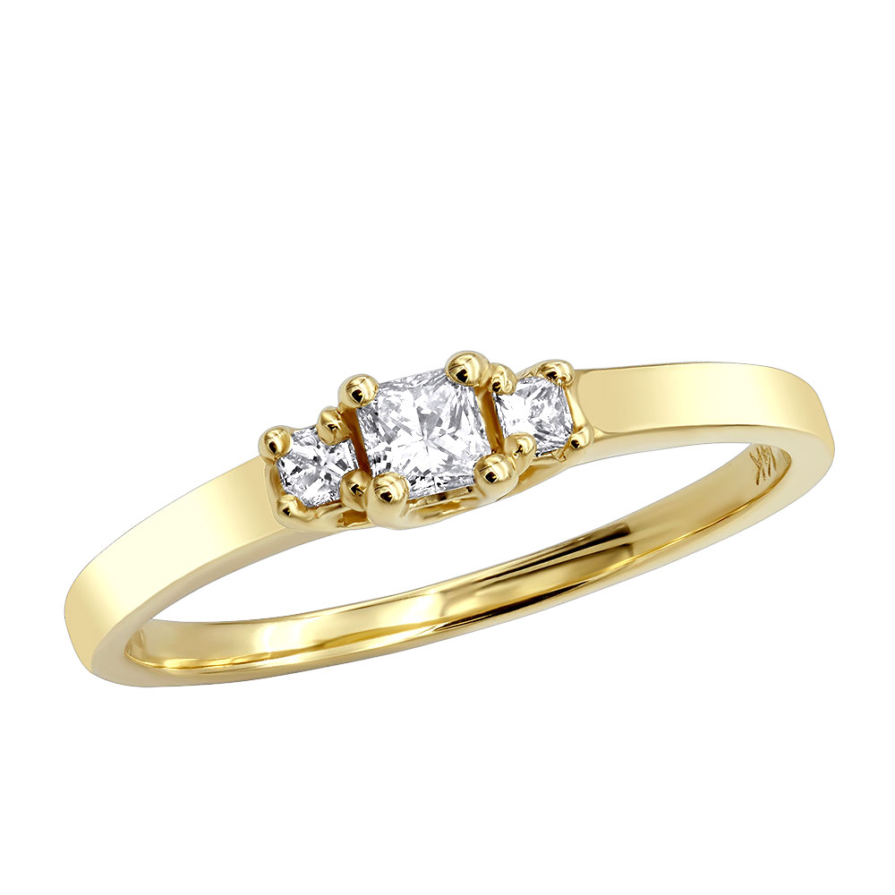 14K Gold Three Stone Diamond Engagement Ring 0.25ct Main Image