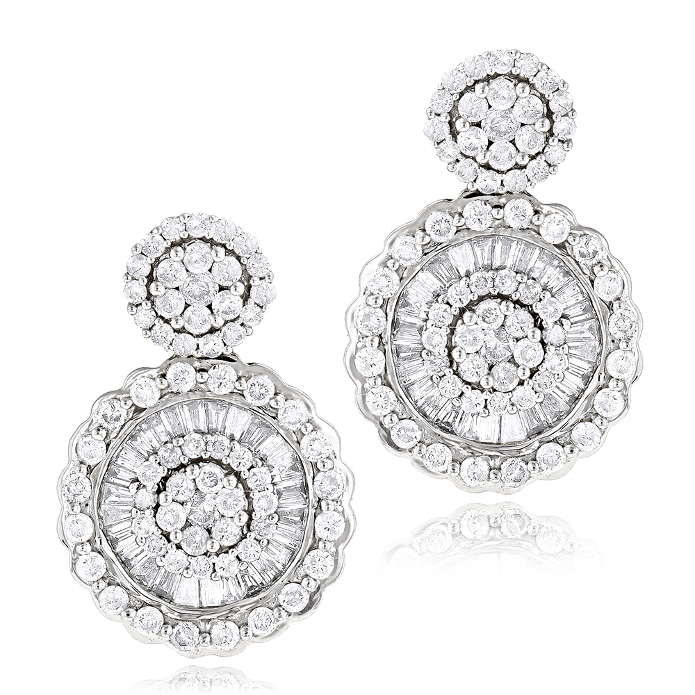 Ladies 18K Gold Designer Diamond Earrings 1.78ct White Image