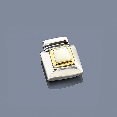 Mother Of Pearl Pendant Sterling Silver 18K Yellow Gold Main Image