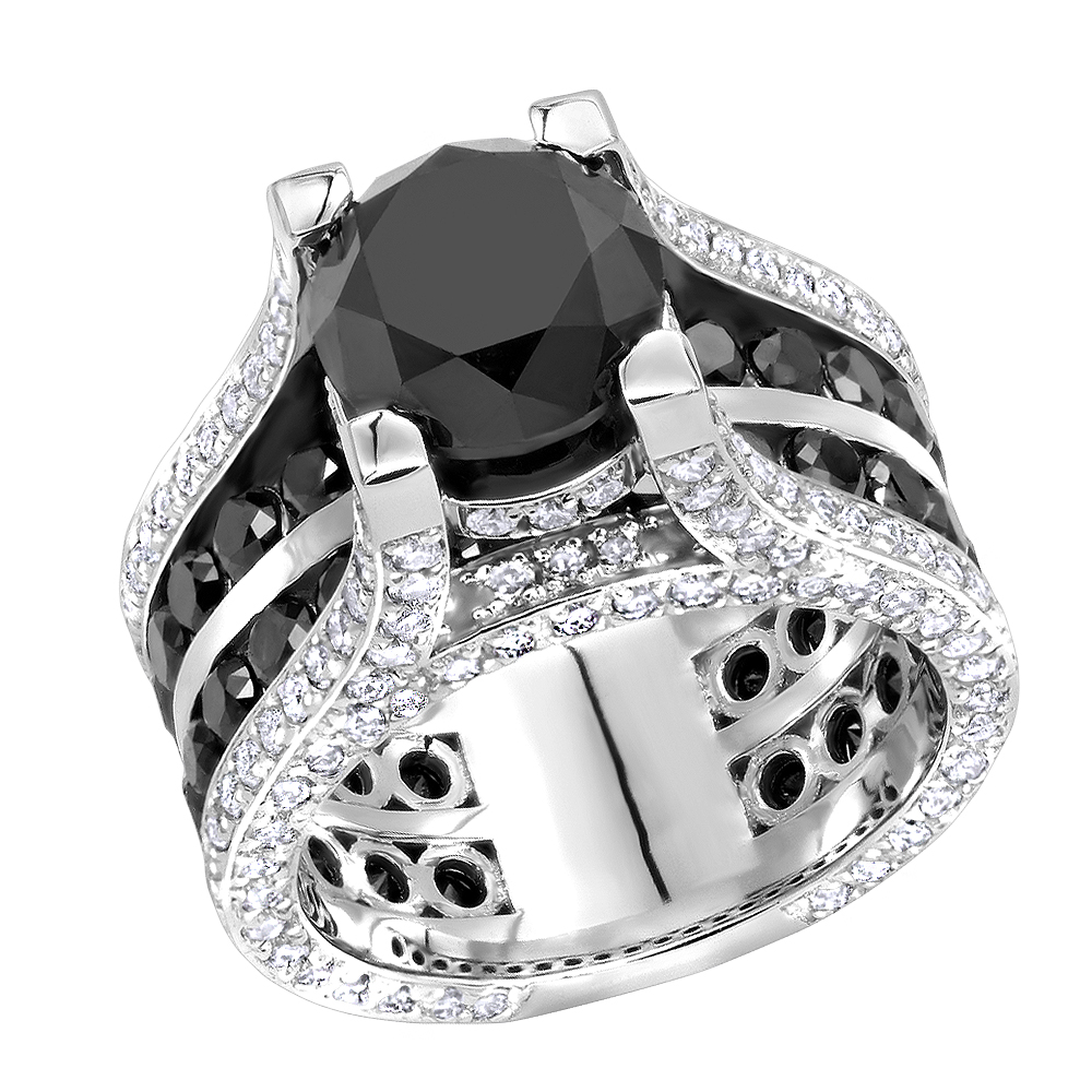 Unique 14K Gold Large White and Black Diamond Ring 12ct by Luxurman White Image
