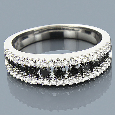 Renew Your Wedding Vows With Unique Diamond Wedding Bands From