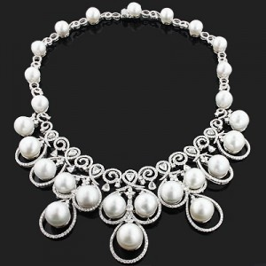 designer-pearl-necklace-with-diamonds-1796ct-18k-luccello-jewelry_1
