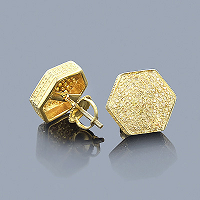 Get Diamond Earrings from ItsHot.com to mark special occasions