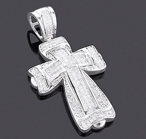Get Diamond Crosses from ItsHot.com: A perfect gift for your loved ones