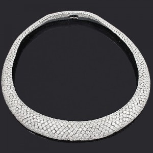 Why Buy Your Diamond Necklace from ItsHot.com?